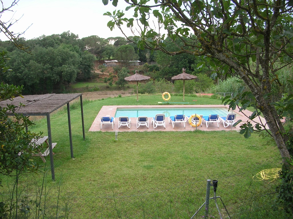 foto26_casa_rural_girona_calbellesmas_piscina-4.jpg