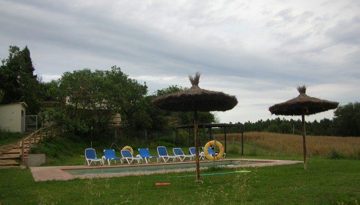 foto04_casa_rural_girona_calbellesmas_piscina-4.jpg