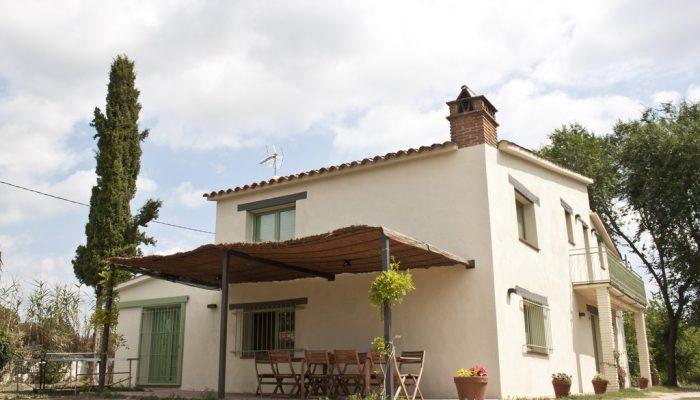 foto06_casa_rural_girona_calbellesmas_jardin-9.jpg